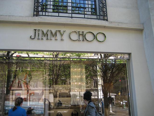 Resultado de imagem para Jimmy Choo Paris av montaigne